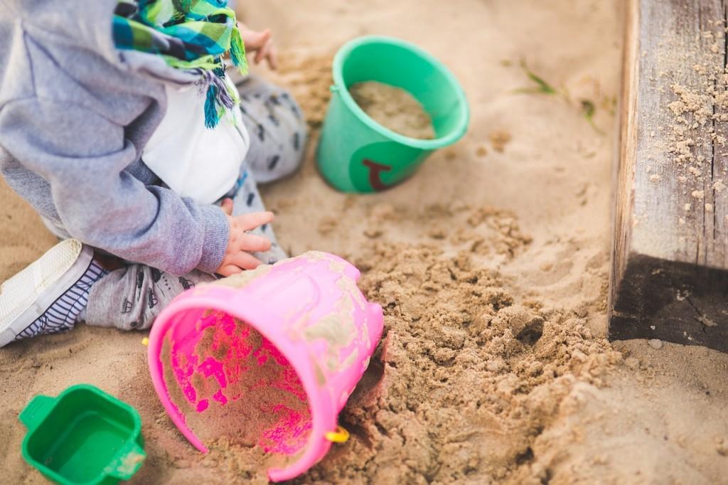 zandbak, kind, emmers, spelen, plezier, kinderen