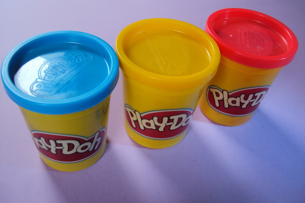 5 redenen waarom je geen Play Doh wil (maar het toch koopt)